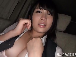 Satomi Nomiya blindfolded and pleasured by a alien in the motor car